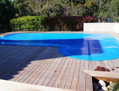Bâche de protection de piscine